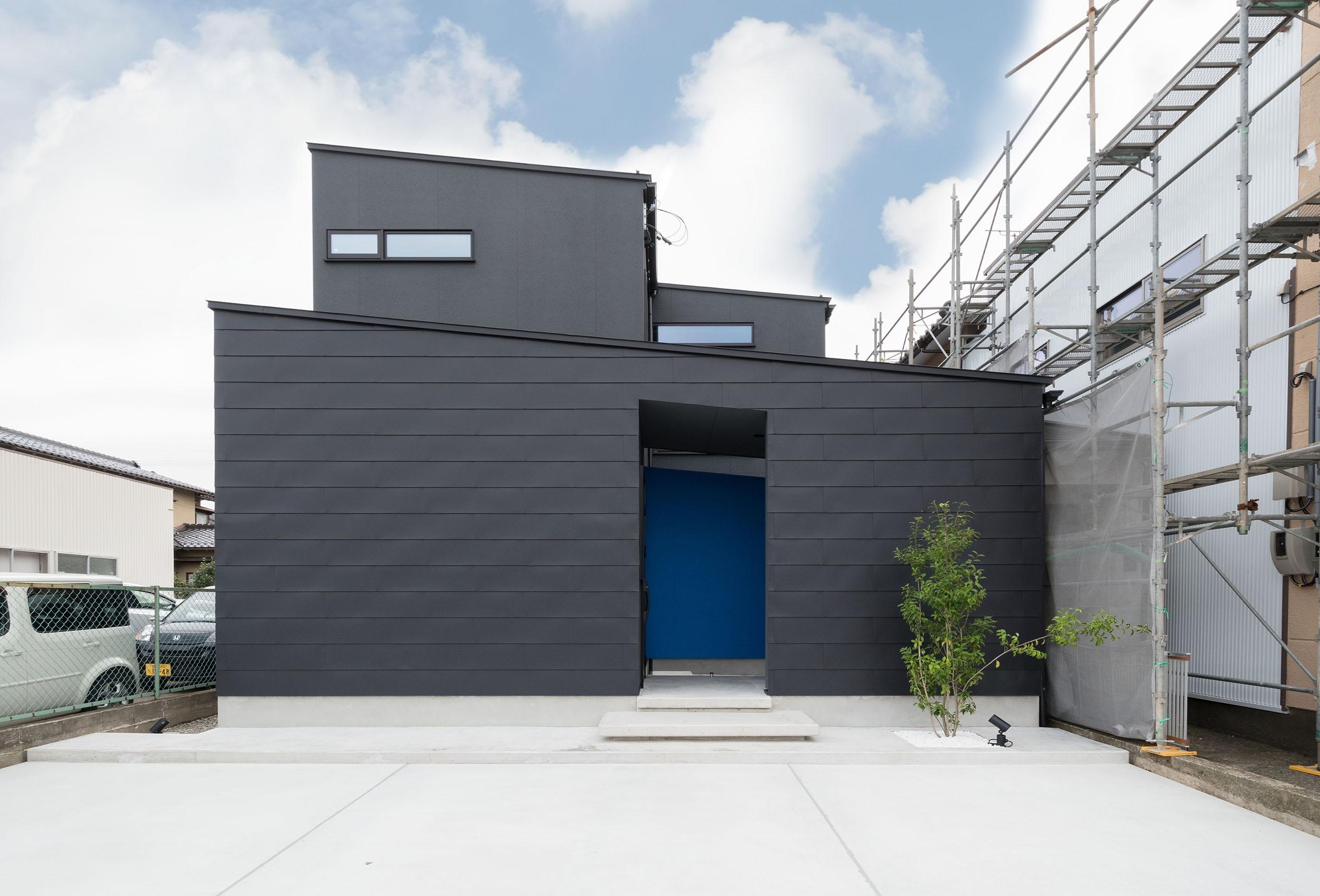 青を染める家